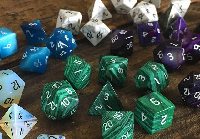 see all stone dice